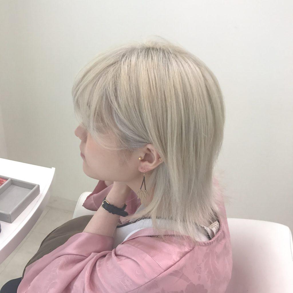 【ホワイトブリーチ】長崎で髪の毛を白っぽくする人にオススメのカラーリング大全